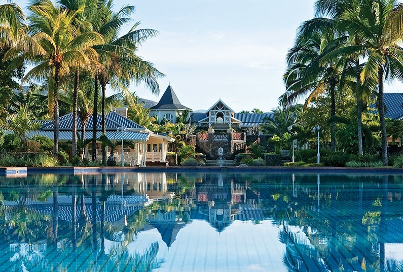 7 nights luxurious relaxation in Mauritius