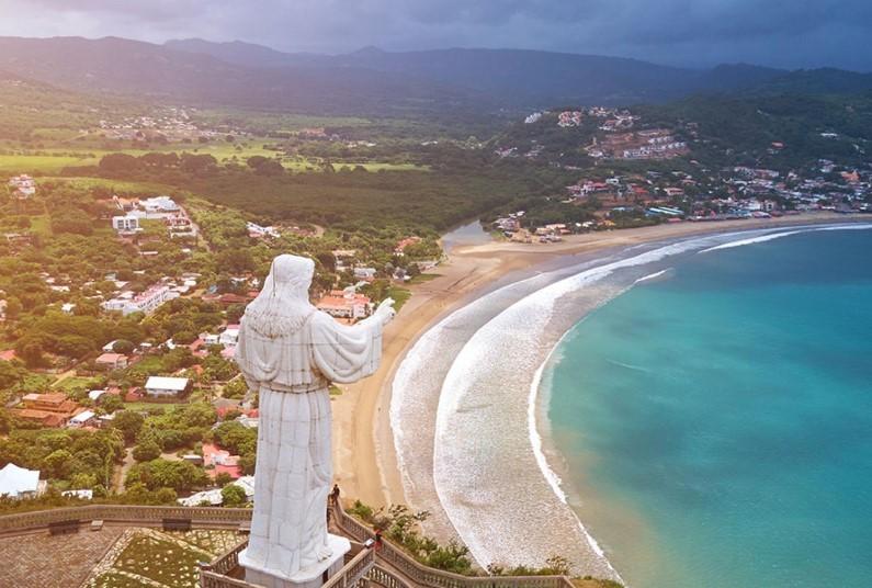 Central America - From Ecuador to Baja California